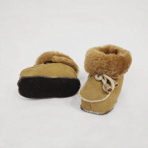 Babyschuhe aus Fell - braun